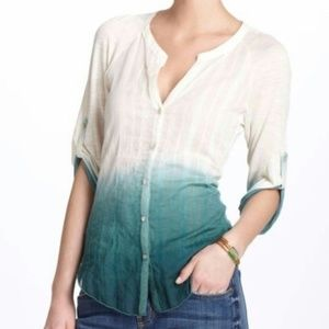 iny Anthropologie Ombre Button Up Blouse